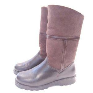 La Canadienne Kosmo Brown Sheepskin Boots 6.5